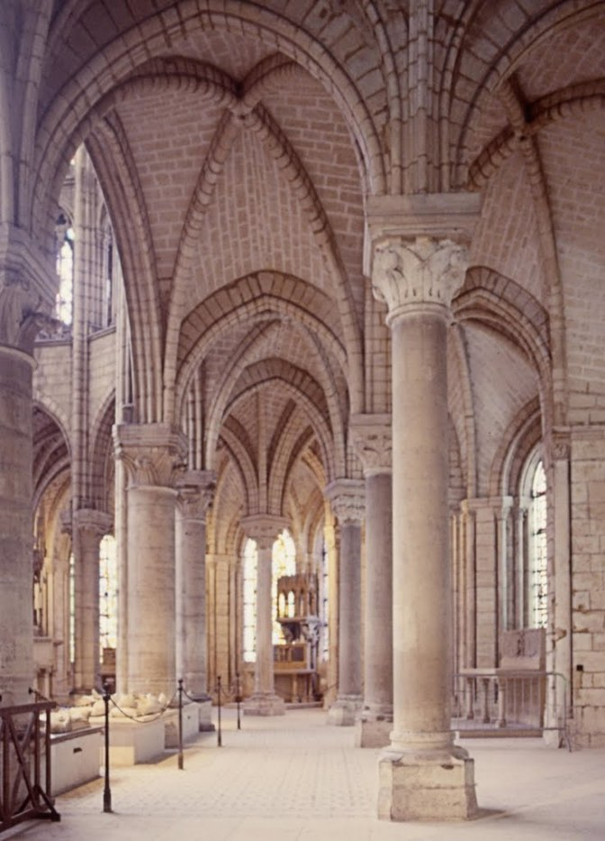 AN INCOMPLETE HISTORY OF MEDIEVAL ARTI: Saint Denis and Gothic Art