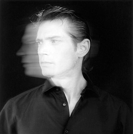<b>1989:</b> Robert Mapplethorpe